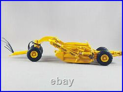 Tractor D6 U / scraper high detailed 150 scale resin model limited edition